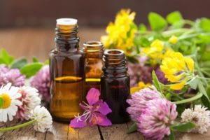 huile essentielle, aromathérapie, huiles essentielles